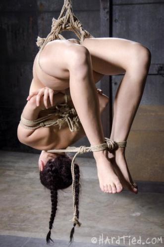 Nikki Knightly - Yoga Slut (HD)